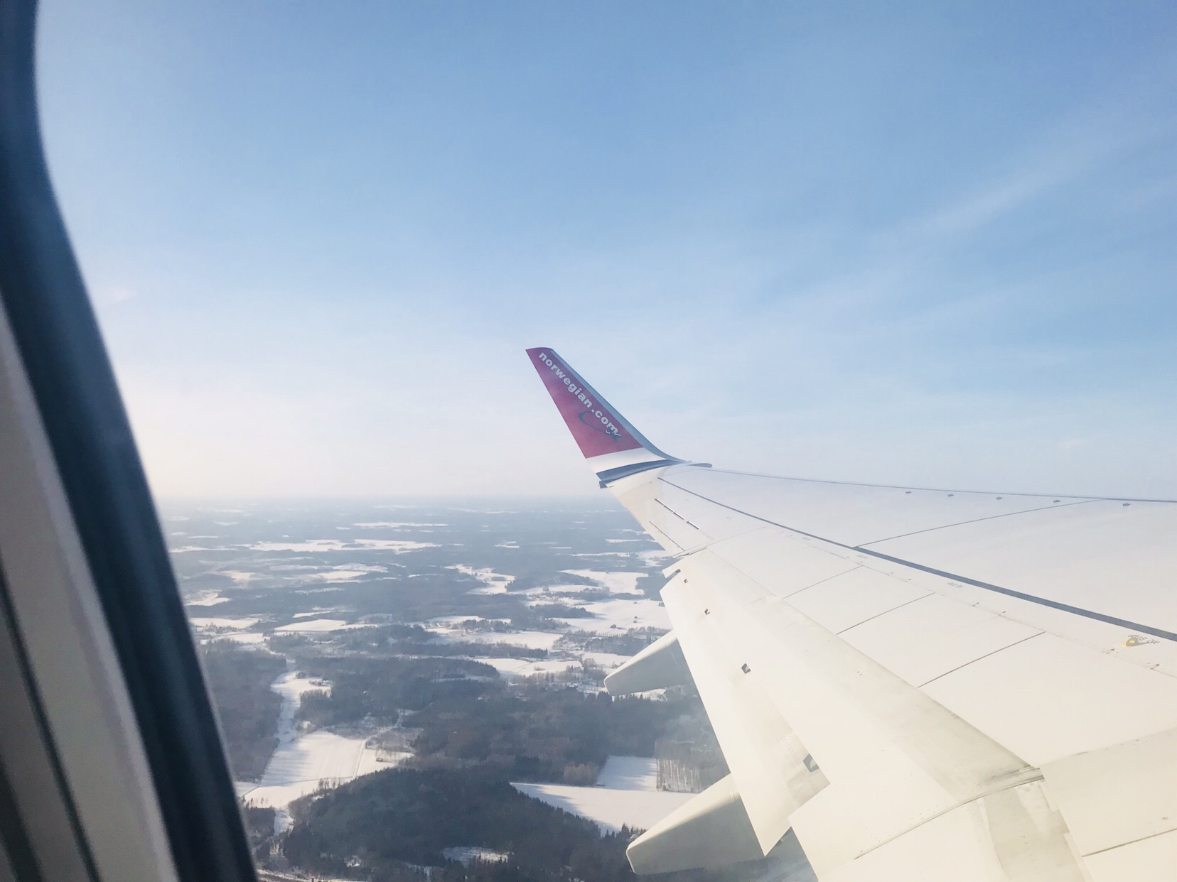 Ninelling travel blog flying Norwegian
