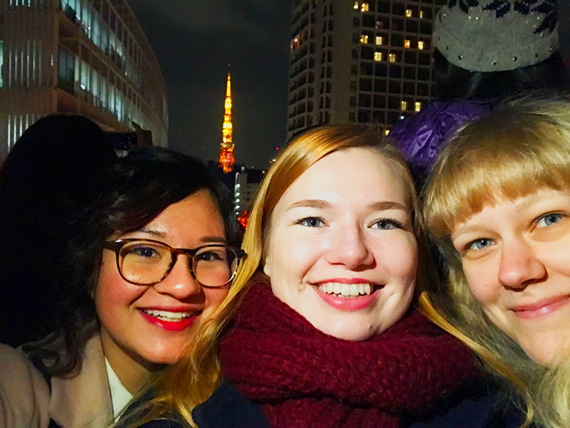 friends in tokyo with skytree